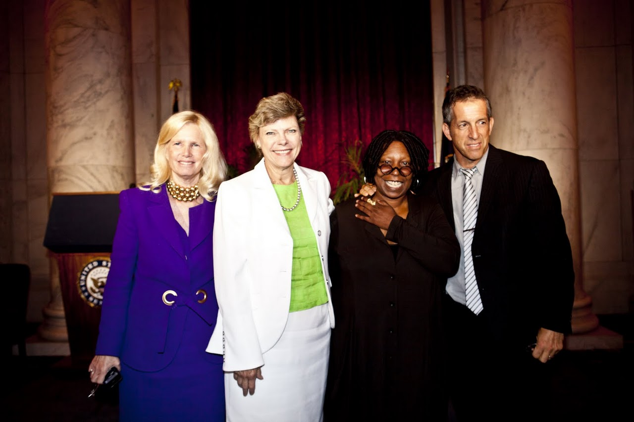 Susan Blumenthal with Cokie Roberts Whoopi Goldberg Kenneth Cole